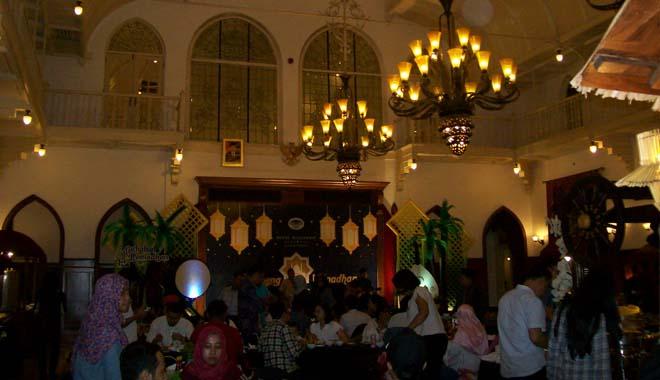 Tawarkan Menu Tradisional dan Timur Tengah untuk Bukber