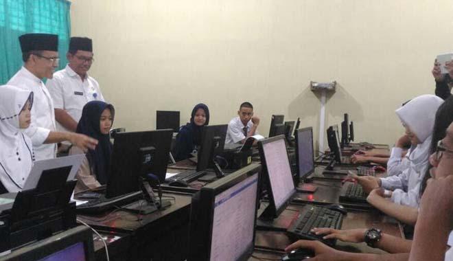Banyuwangi Daftar Program Beasiswa Lewat Online