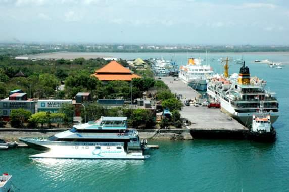 Pelindo III Kerjakan Pendalaman Pelabuhan Benoa