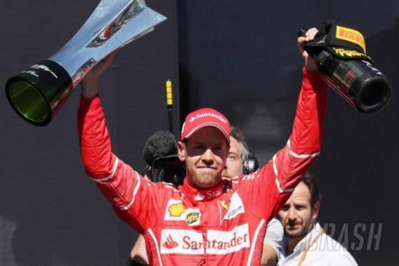 Vettel Menang Grand Prix F-1 Brazil
