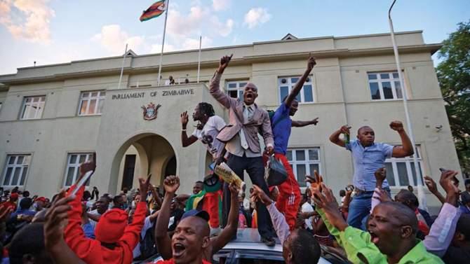 Mugabe Mundur, Presiden Zimbabwe yang Baru Besok Disumpah