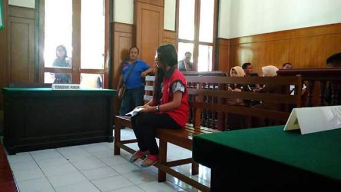 Jual PSK di Bawah Umur, Diganjar 2,5 Tahun Penjara
