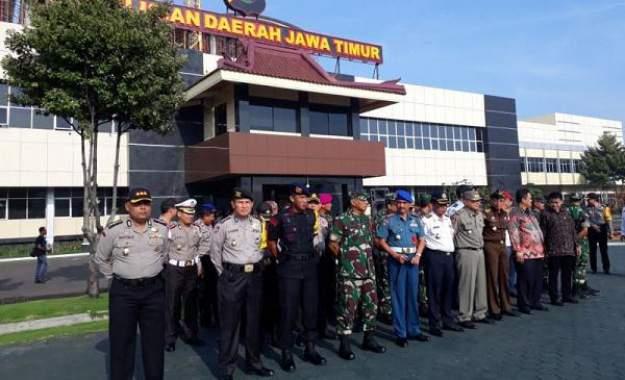 120 Ribu Personel Polri-TNI Amankan Pilkada Serentak