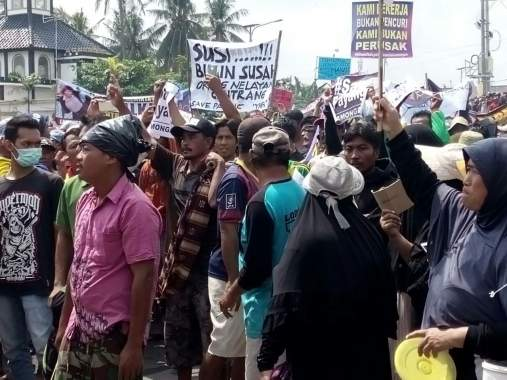 Nelayan Gelar Demo, Tuntut Cabut Permen KKP