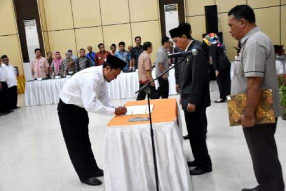 KPU Lantik 78 PPK Kabupaten Kediri Untuk Pemilu 2019