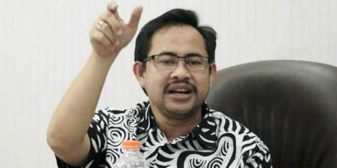 702 Generasi Emas Surabaya Terima Beasiswa