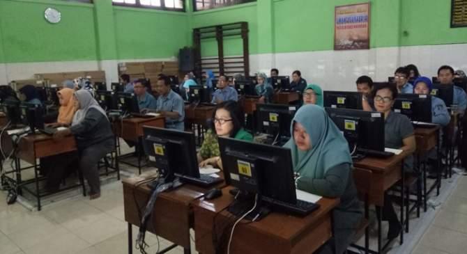 1.019 Guru SD-SMP Ikuti Seleksi OGN