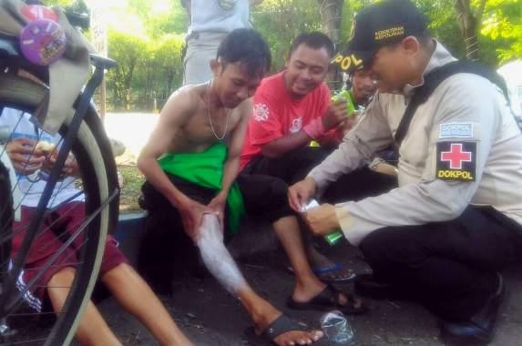 Dokpol Polres Probolinggo, Dirikan Pos Kesehatan di Onthel
