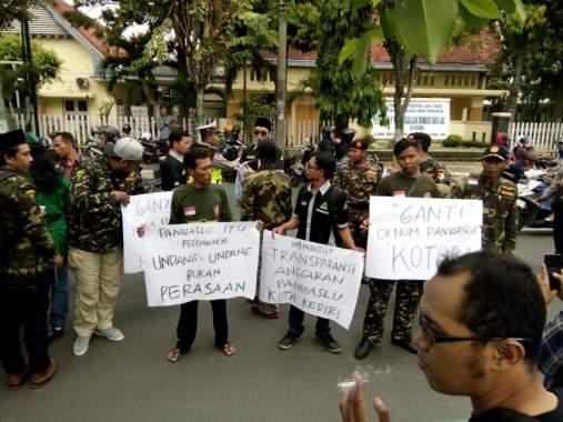 GP Ansor Hadiahi Kranda Mati Untuk Panwaslu