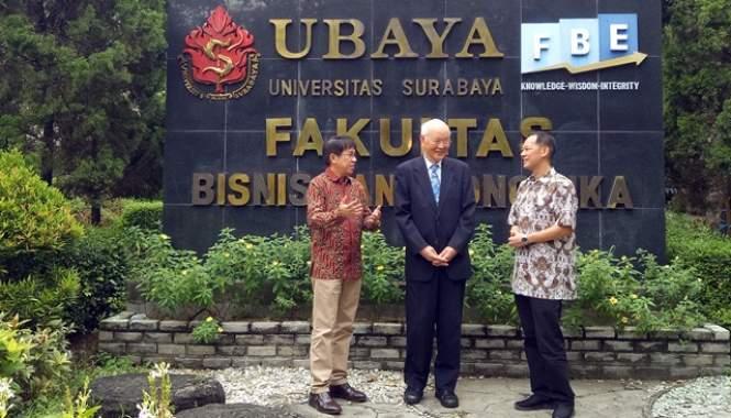 Prodi Magister Manajemen Ubaya Raih Akreditasi Internasional