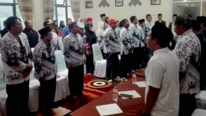 PGRI Kab Probolinggo Studi Aplikasi Holy Quran di Malang