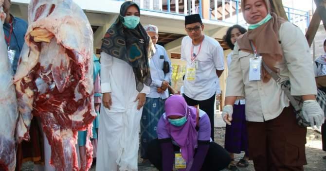 Bupati Probolinggo Pantau Kualitas Daging Kurban